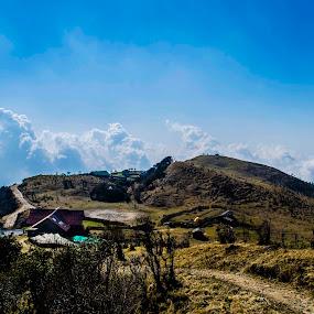 Tonglu, West Bengal by Pritam Saha - Landscapes Mountains & Hills ( color, cloud, landscape, photo, pheonix,  )