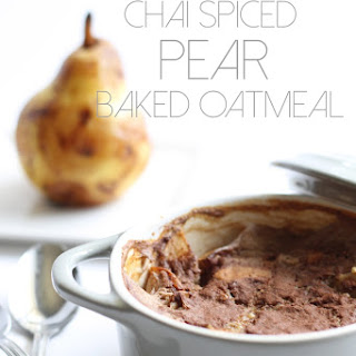 Chai Spiced Pear Baked Steel-Cut Oatmeal