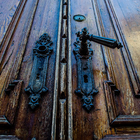 Doorknob by Nina Kriznic - Buildings & Architecture Other Exteriors ( old, doorknob, entry, door, architecture, knob, city,  )