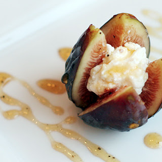 Fresh Figs with Goat Cheese and Peppered Honey.