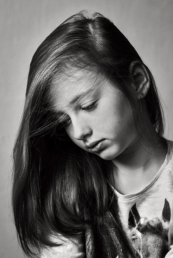Alice by Jacek Niezgoda - People Portraits of Women
