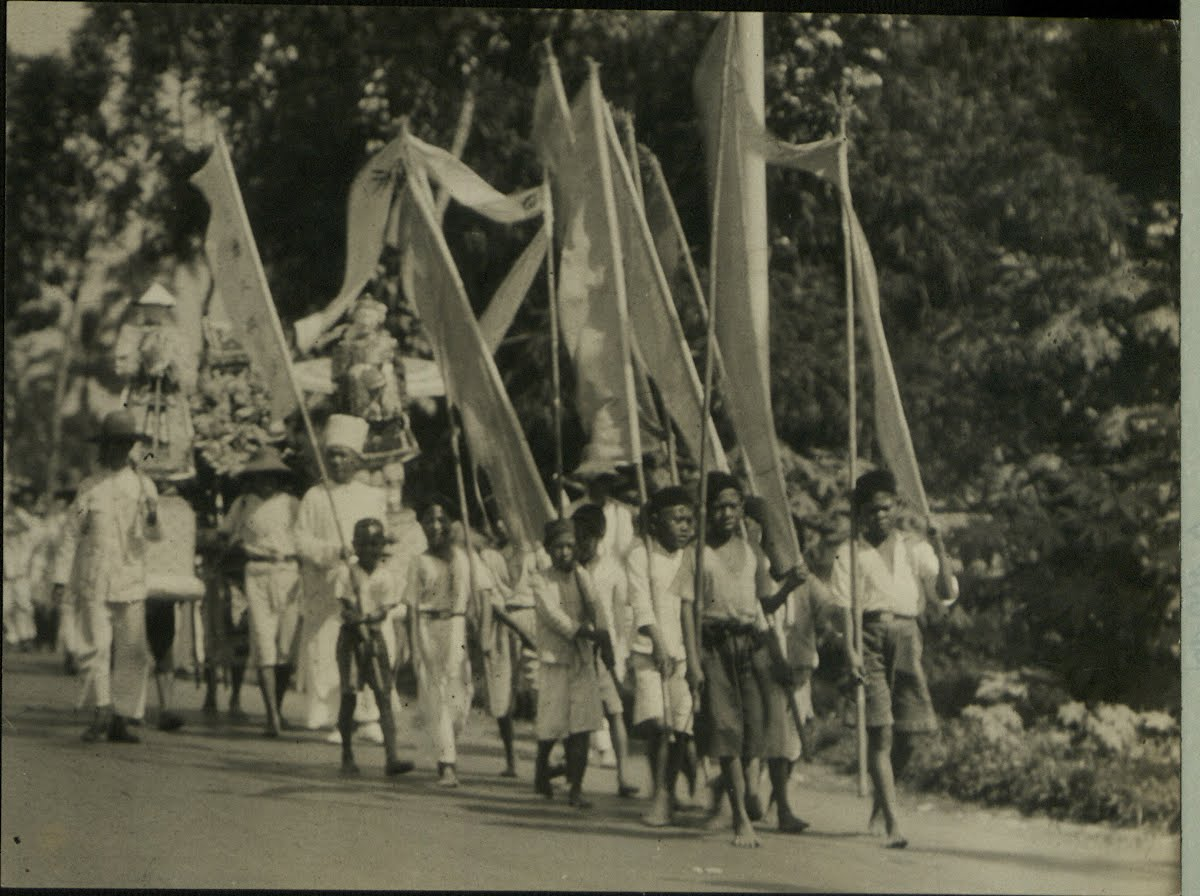 Dutch East Indies Java Funerals And Cremations