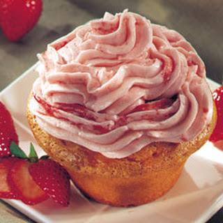 Strawberry Cupcakes With White Cake Mix Recipes.