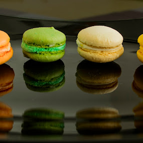 Macarons with double reflexion by Titus Criste - Food & Drink Candy & Dessert ( macarons, d5200, reflections, nikon,  )