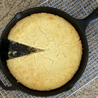 Classic Southern Buttermilk Cornbread