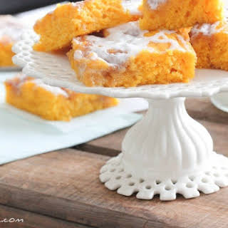 Cinnamon Roll Pumpkin Vanilla Sheet Cake.