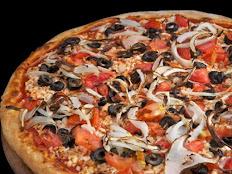 פיצה ים תיכונית