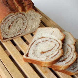 Cinnnamon Cereal Swirl Bread