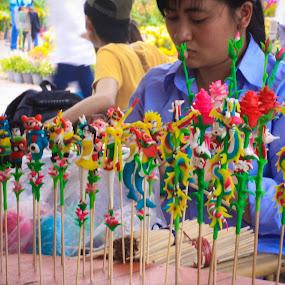 Nghệ nhân đường phố! by Nguyễn Minh Sang - Food & Drink Candy & Dessert