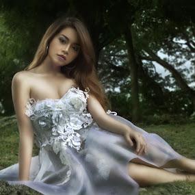 Des by Ryan Lemil Escarpe - People Portraits of Women ( fantasy, cosplay, cebu best photographers, model, fashion, cebu photographers, costume, enchanted )