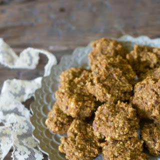 Vegan & Sugar-free Spiced Carrot Cake Cookies.