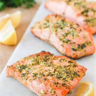 Easy Baked Fish Recipe – Lemon Garlic Herb Crusted Salmon