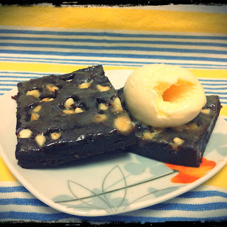 Fudgy Super Low Fat Hot Brownie Squares.