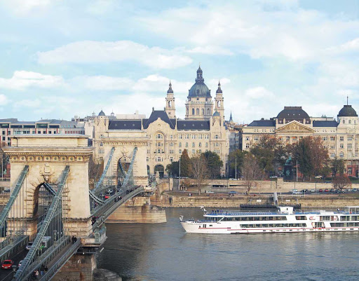 Viking-Legend-Chain-Bridge-Budapest - Discover the famed Chain Bridge spanning the Danube River and connecting eastern and western Budapest, Hungary, during your sailing aboard a Viking river ship.
