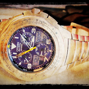 Watch by Eddie Tuggle - Artistic Objects Jewelry ( citizen, watch, iphone, filters )