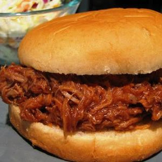 Pulled Pork (Crock Pot)