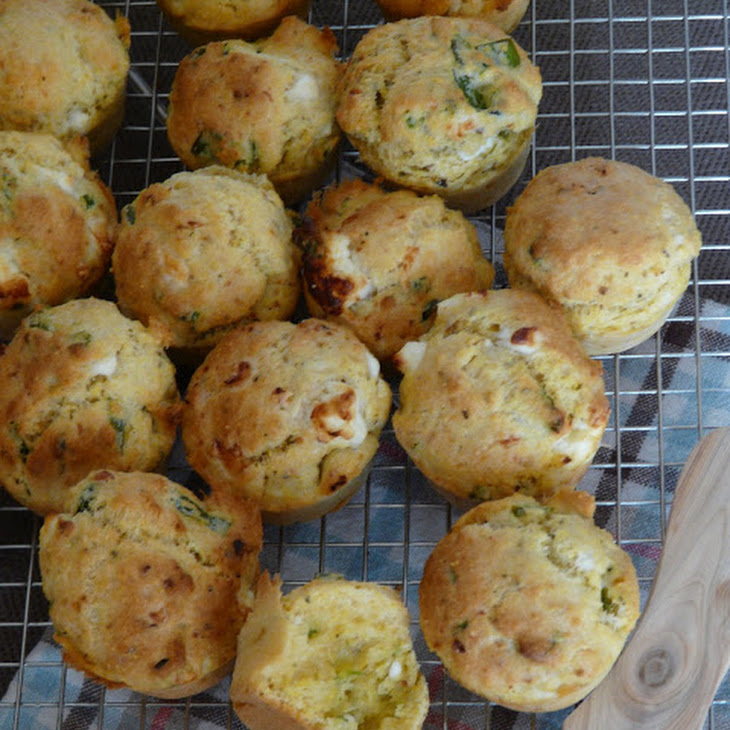 Small Crispy Polenta Cakes with Goat Meat and Mint Recipe
