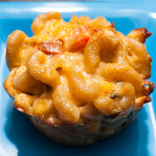 Chicken Parmesan Mac and Cheese Bites