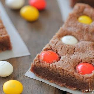Chocolate Shortbread Bars with White Chocolate Candy Corn M&M's
