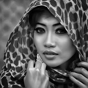 by Alwan Tafsiri - Black & White Portraits & People