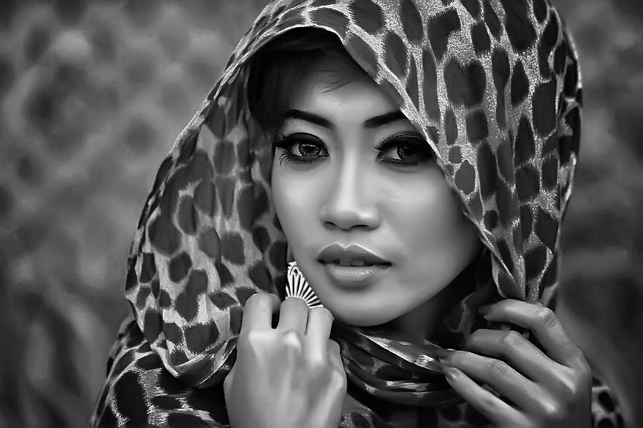 by Alwan Tafsiri - Black & White Portraits & People