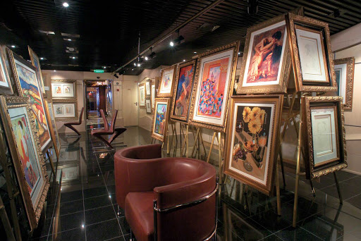 Carnival-Freedom-art-gallery - Sip complimentary champagne in Carnival Freedom's art gallery while viewing the works of some of the world's most popular contemporary artists.