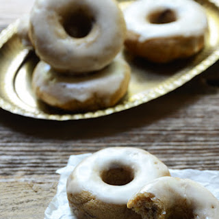 Baked Apple Cinnamon Doughnuts with Apple Cider Glaze