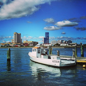 Gardner's Basin in Atlantic City by Dianne Collins - Transportation Boats (  )