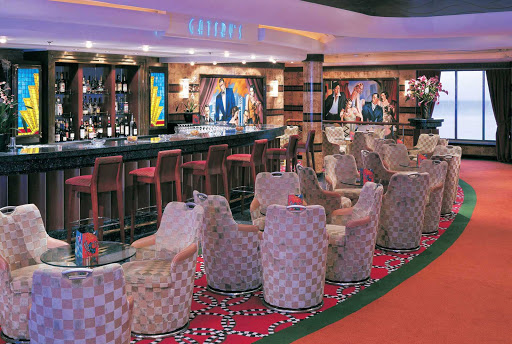 With sophisticated interiors and a great selection of cocktails and appetizers, Gatsby's Champagne Bar on Norwegian Star's deck 6 is a popular hangout.