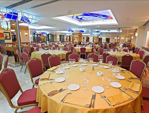 Salon Mediterranean