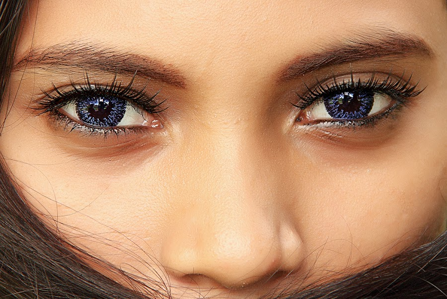 Blue Eyes by Bang Marthin Photology - People Portraits of Women