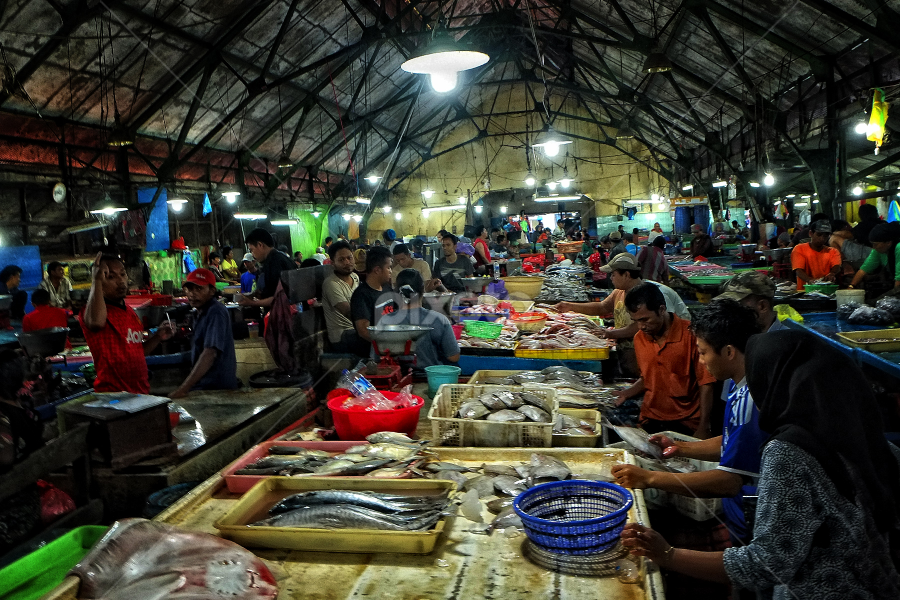 Pasar Ikan Pabean by Herry Wibowo - City,  Street & Park  Markets & Shops