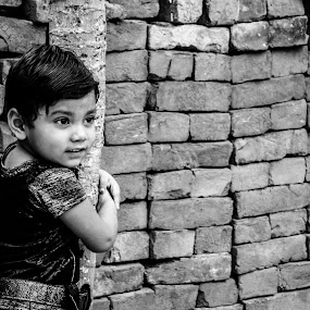 Hugging the tree by Sandeep Suman - Babies & Children Children Candids ( child, photograph, candid, portrait )