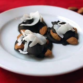 Paleo Dark Chocolate Nut Clusters.