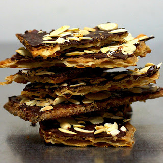 Chocolate Caramel Crack(ers).
