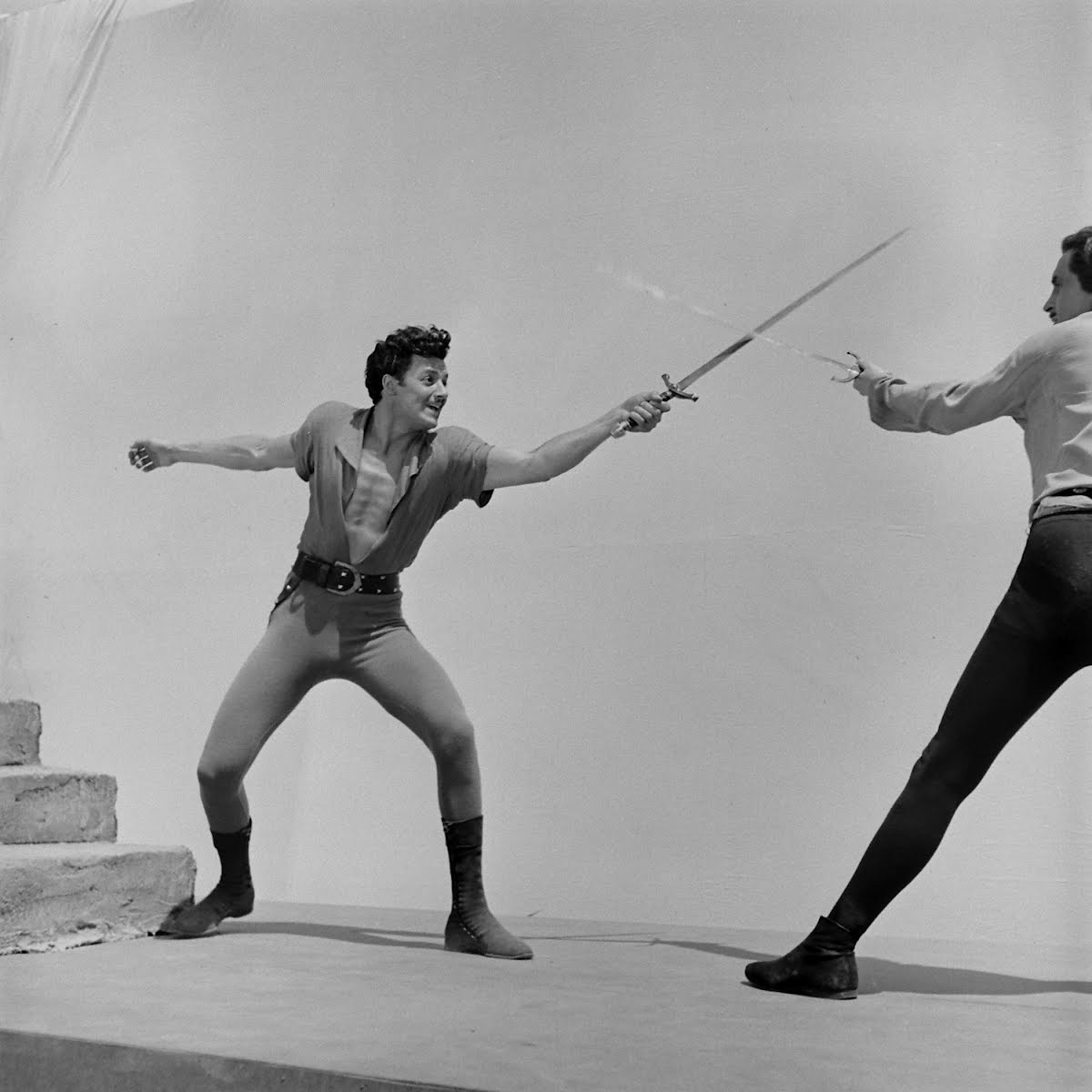 "Cornel Wilde's Fencing Scene In ""The Bandit Of Sherwood Forest"""