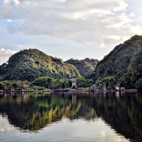 Gunung Lang, Ipoh, Perak by Tun Izmir - Landscapes Mountains & Hills ( gunung lang, malaysia, rekreasi, ipoh, perak, taman )
