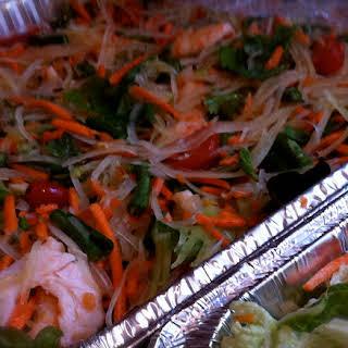 Som Tum (Green Papaya Salad).
