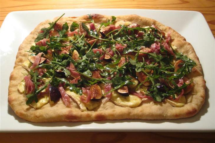 Fig, Brie & Prosciutto Pizza Recipe