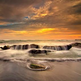 Mengening Beach by Eris Suhendra - Landscapes Sunsets & Sunrises ( bali, waterscape, sunsets, indonesia, beach, nikon, landscapes, longexposure )