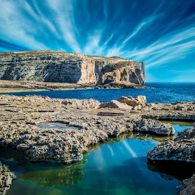 Dwejra Bay by Marcin Frąckiewicz - Landscapes Mountains & Hills ( clouds, malta, bay, island,  )