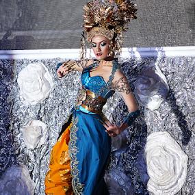 Balinese by Dodi Yoga - People Fashion ( deemozart )