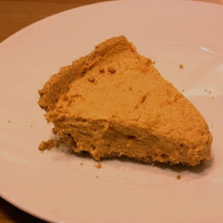 Healthy No Bake Pumpkin Pie.