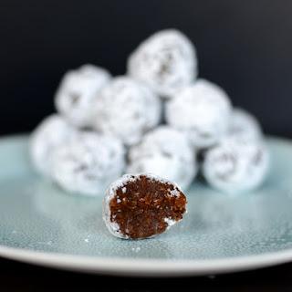 No-Bake Gingerbread Pumpkin Snowballs.