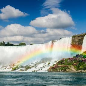 Rainbow at Niagara by Sarthak Bisaria - Landscapes Waterscapes ( eagle, niagara falls, waterfall, rainbow )