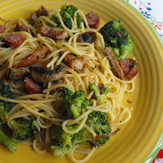 Left-over Pork with Spaghetti, Mushrooms, and Broccoli