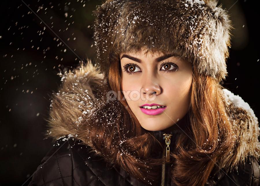 winter is here by Ivan Lee - People Portraits of Women ( canon, model, winter, girl, beauty,  )