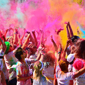 Colour Run by Glenn Visser - People Street & Candids ( colour, run, colorful, mood factory, vibrant, happiness, January, moods, emotions, inspiration )