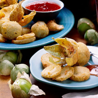 Fried Green Tomatillos with Jalapeño Dipping Sauce