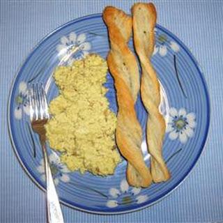 Creamy Curried Scrambled Eggs